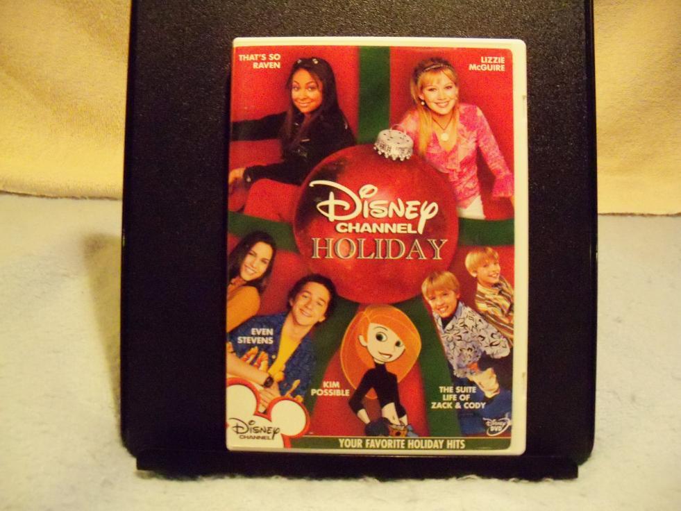 Name:  Disney Channel Holiday DVD 1.jpg Views: 1280 Size:  93.7 KB