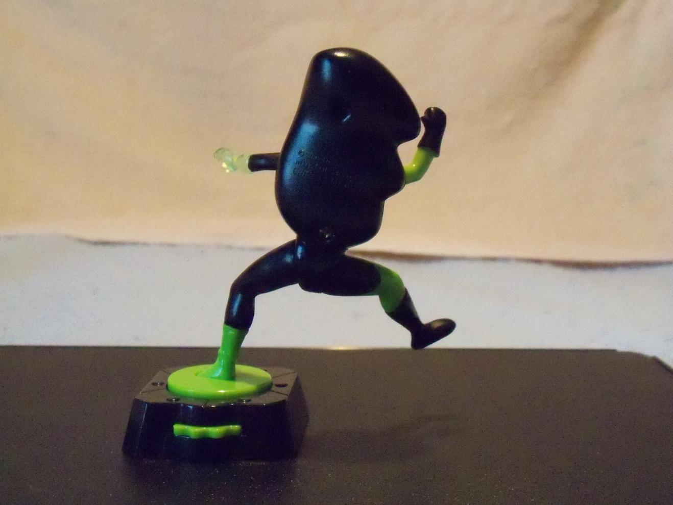 Name:  Kicking Spinning Shego 2.jpg Views: 537 Size:  104.4 KB