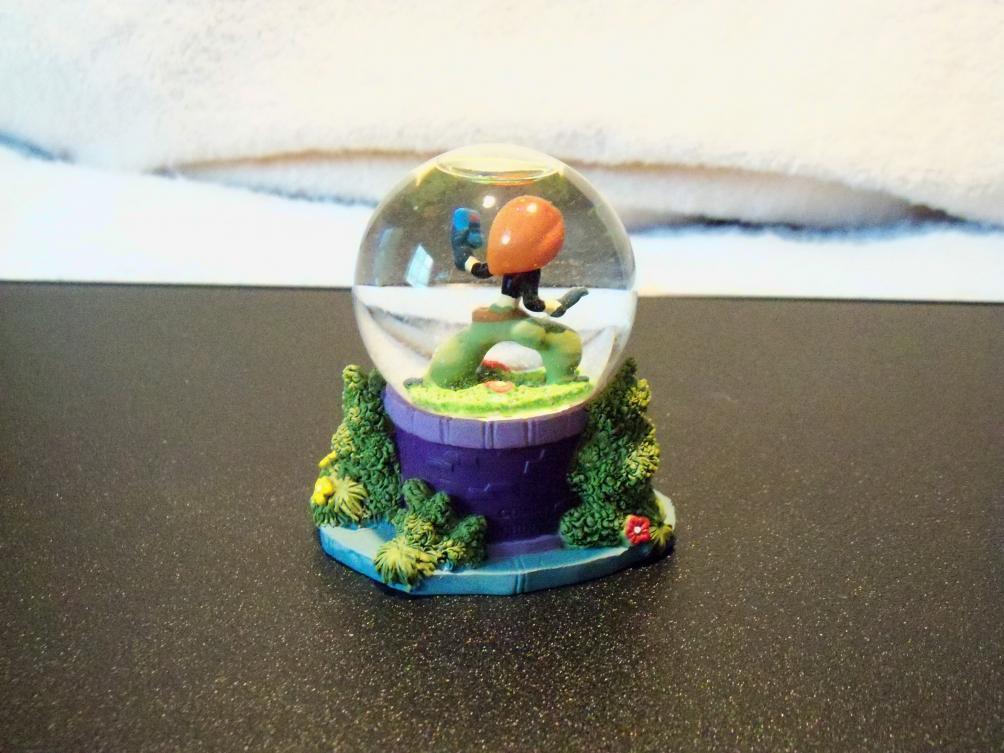 Name:  Small KP Snow Globe 2.jpg Views: 761 Size:  94.9 KB