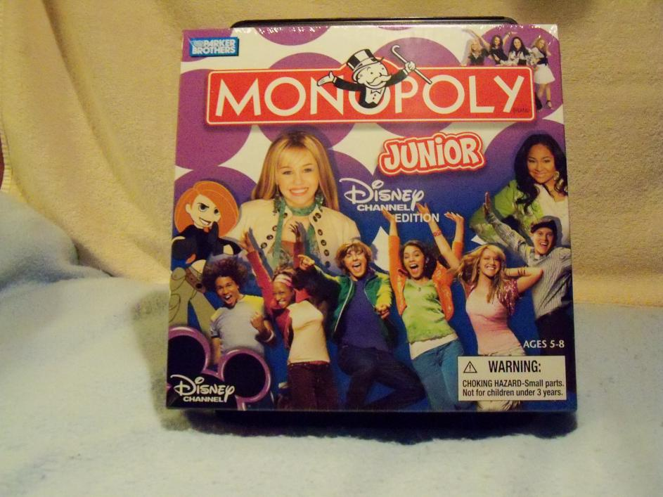 Name:  Disney Channel Monopoly Junior Game 1.jpg Views: 2052 Size:  93.7 KB